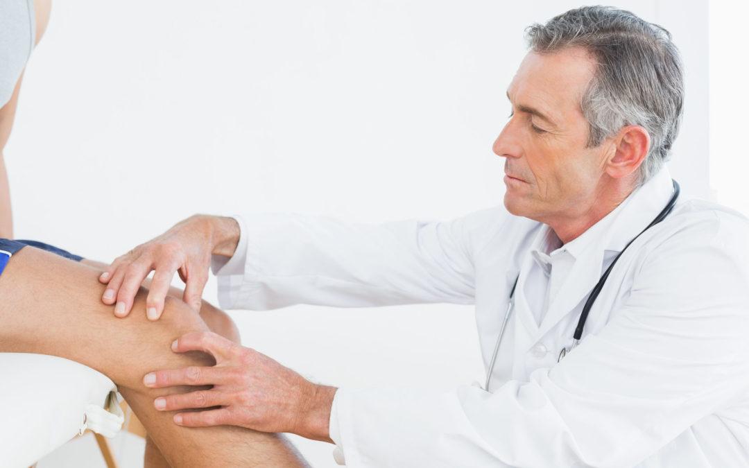 боль в суставах ног какой врач